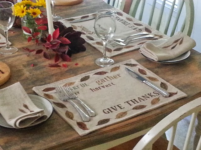 Thanksgiving Table closeup