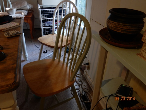 Old green chair2